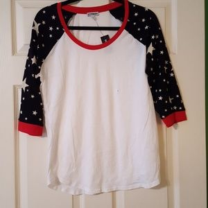 3/4 length sleeved shirt with stars